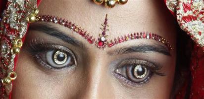 Diamond Contact Lens
