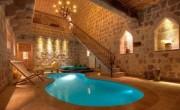 20 Amazing Pools